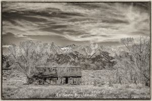 Mount-Blanca-and-Old-Barn.JPG